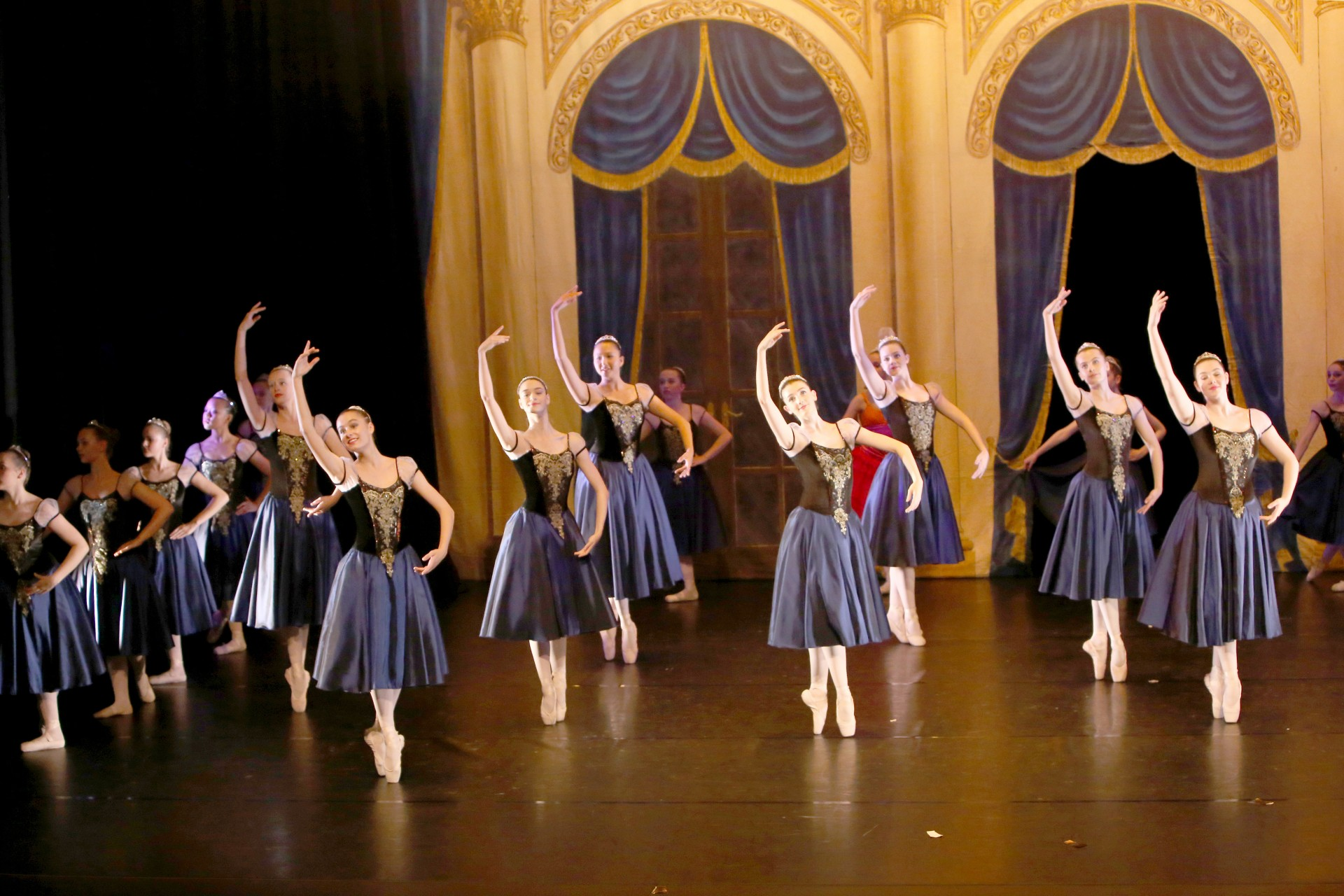 how to get into national ballet of canada
